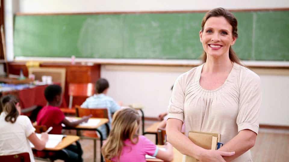 Maux de dos, entorses et tendinites chez l'enseignante